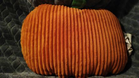 Stuffed smiling pumpkin pillow Thumbnail