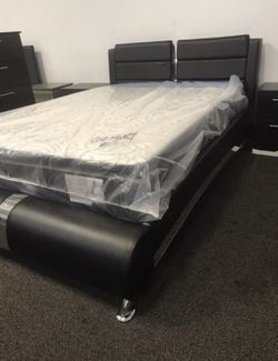 BRAND NEW Platform Bed Frame In Queen / Eastern King / California King Size Thumbnail