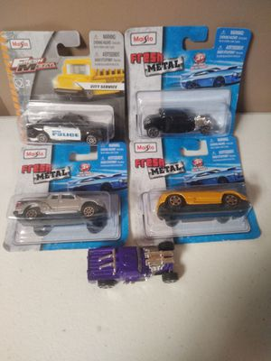 Photo Maisto 1/64 Fresh Metal Die-Cast Cars and Trucks New in Pack
