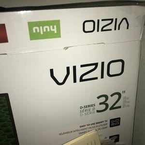"Vizio 32"" TV comes with box for Sale in Adelphi, MD"