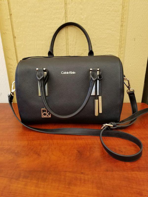 011f33f5c8 Genuine Calvin Klein purse in excellent condition for Sale in Tacoma ...