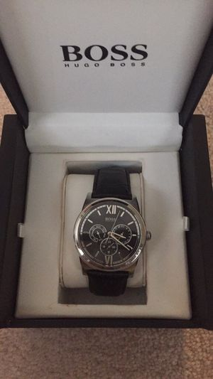 Black Hugo Boss Men's watch, genuine leather for Sale in Leesburg, VA