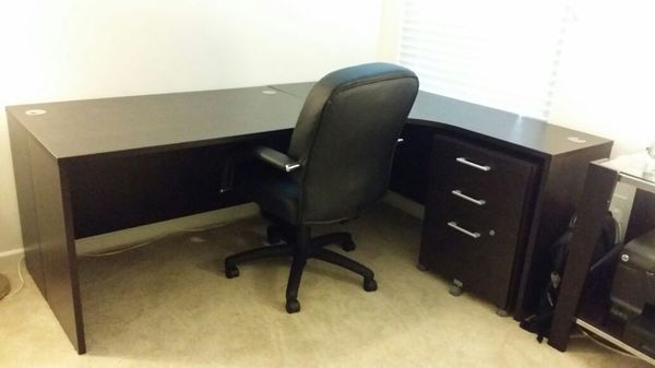 Scandinavian Designs L Shaped Desk And Chair For Sale In San Jose