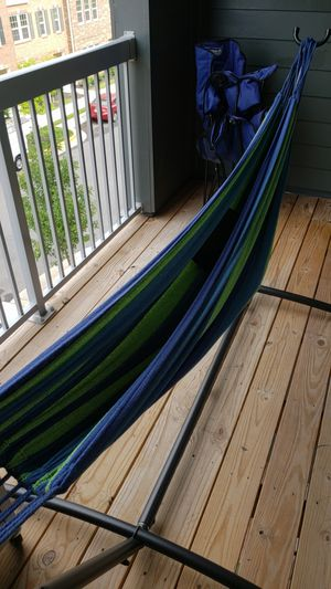 Portable Hammock with a stand. Available for pick up only for Sale in Herndon, VA