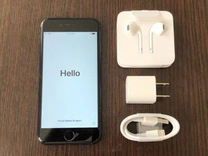 Apple iPhone 7 128GB FACTORY UNLOCKED EXCELLENT CONDITION for Sale in Ashburn, VA