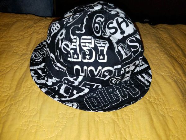 e11430f1ba9 Supreme x Hysteric Glamour black bucket bell hat for Sale in Los Angeles