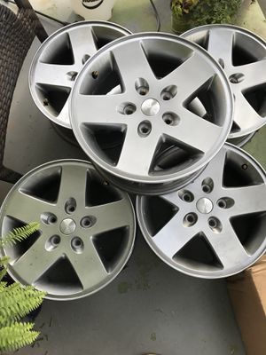 Jeep wheels for Sale in Lynchburg, VA