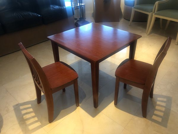 Delta Venetian Kids Table and 2 Chairs for Sale in Fort Lauderdale ...