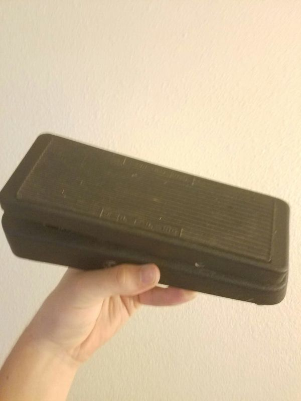 Crybaby wah guitar effect pedal for Sale in Chico, CA - OfferUp