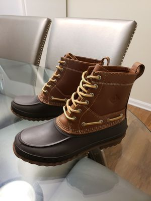 SPERRY WINTER BOOTS for Sale in Ashburn, VA