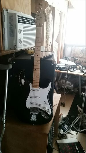Fender electric guitar for Sale in Normandy Park, WA