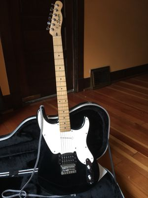 Fender Squier Electric Guitar with Hard Case for Sale in Seattle, WA