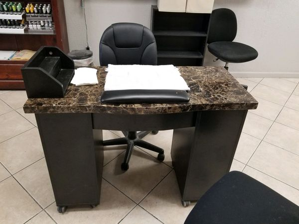 Nail salon desks for Sale in Surprise, AZ - OfferUp