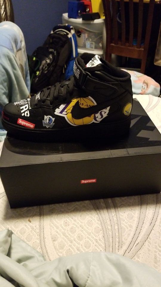 Supreme Nba Nike Air Force 1 mid black size 9 for Sale in Beaverton ... 8a1417bcb