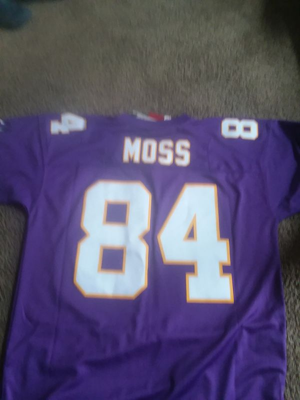 low priced 65554 d22da Mitchell and ness Randy moss jersey for Sale in Minneapolis, MN - OfferUp