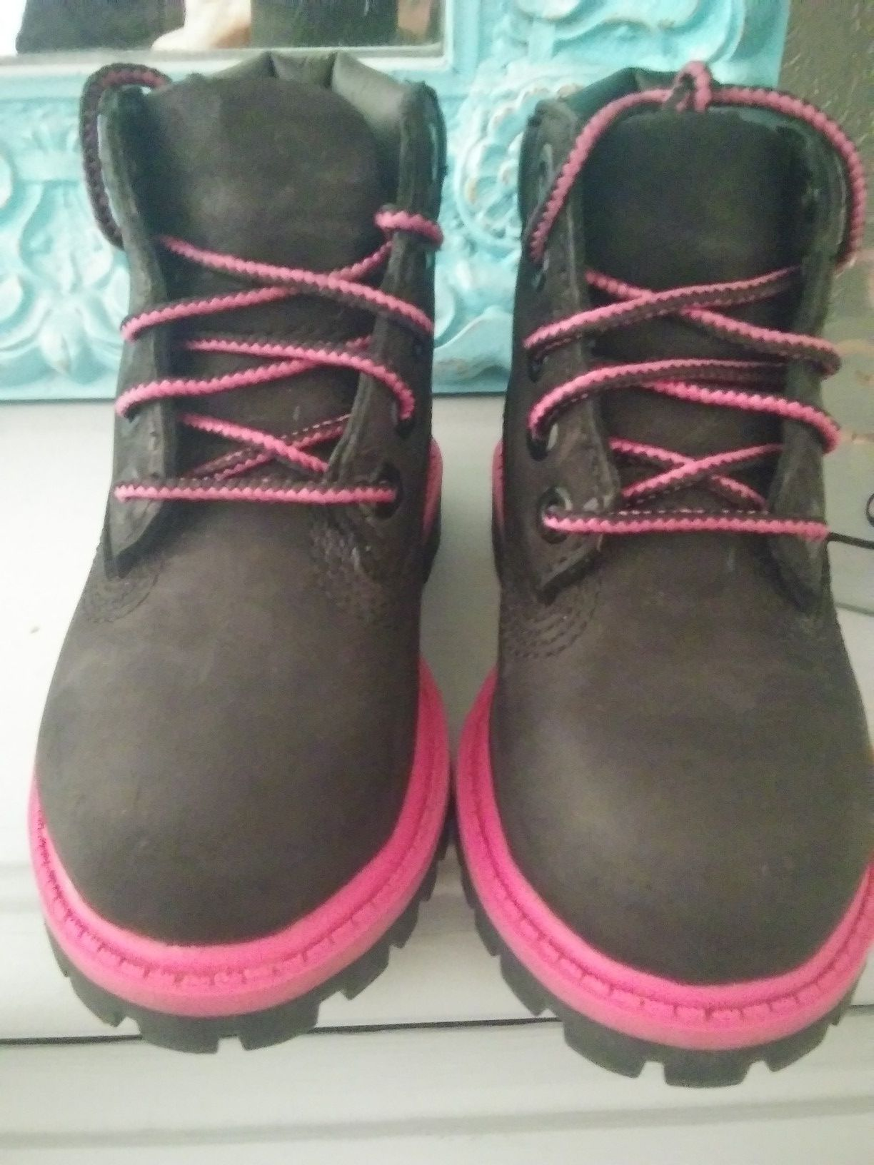 Timberland lil girl boots size 6