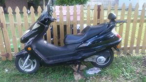 Bendo mi scooter 150 cc en $600 con titulo for Sale in Fairfax, VA