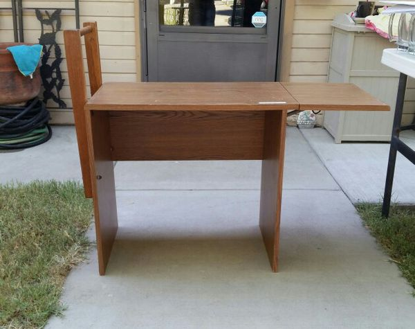Small Sewing Machine Craft Table For Sale In Corcoran CA OfferUp Adorable Small Sewing Machine Table
