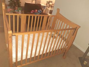 Photo Baby crib & Mattress
