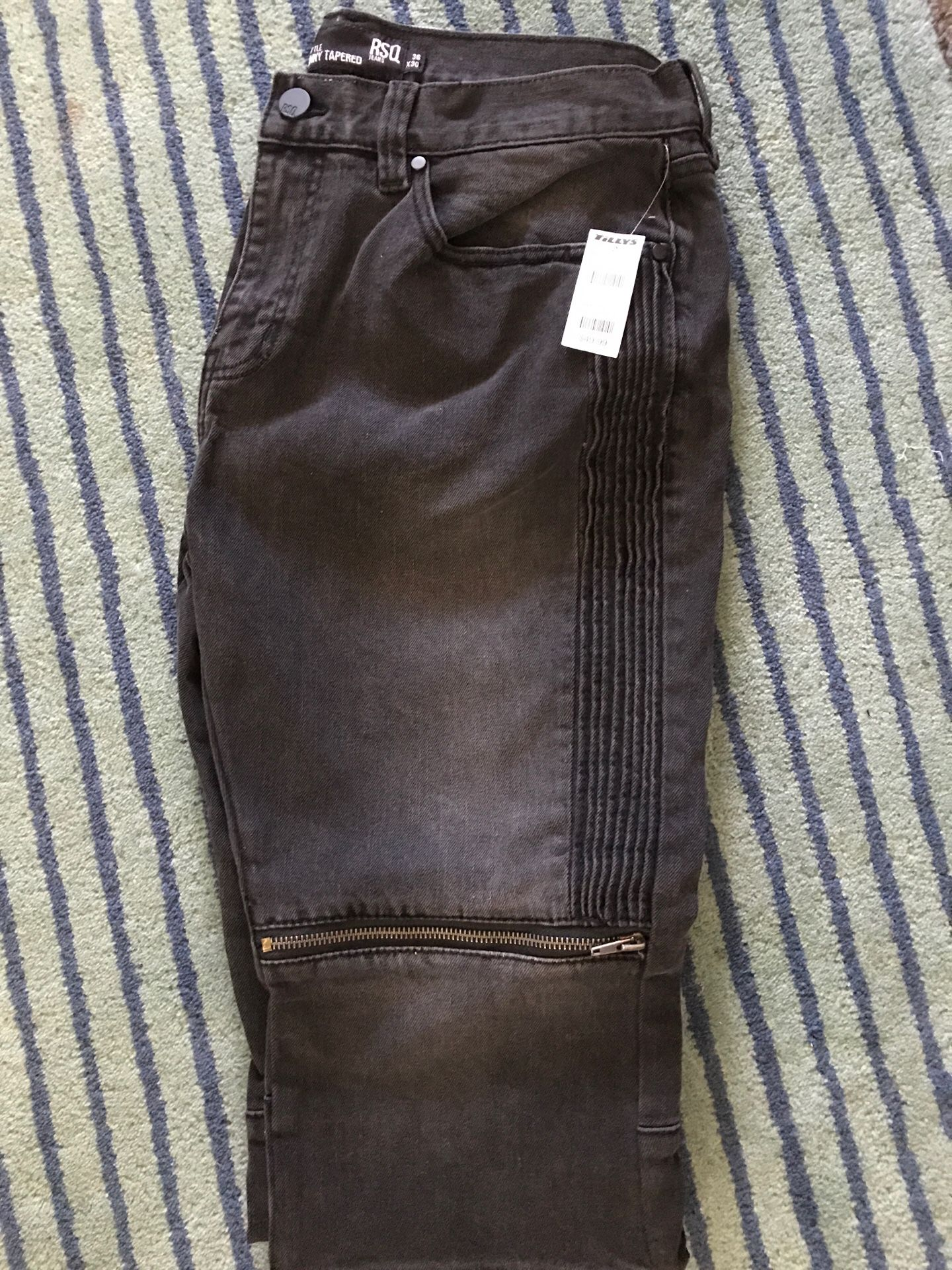 Men jeans 36x30 new with tags $30