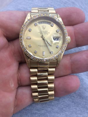 Rolex Presidential Day Date 36mm 18k solid gold Champagne Diamond Face 1.7ct Diamond bezel mint condition for Sale in Orlando, FL