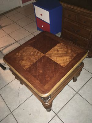 End table for Sale in North Lauderdale, FL