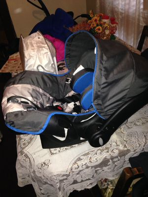 Car seat for Sale in Denver, CO