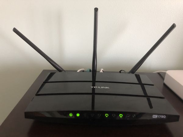 TP-Link AC1750 wireless dual band router for Sale in Frankfort, IL - OfferUp