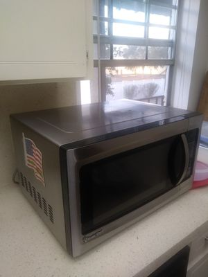 Stainless Steel Microwave for Sale in Orlando, FL