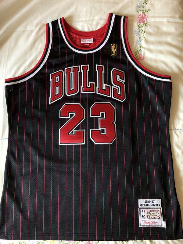 d7455e1c0 AUTHENTIC Mitchell   Ness Michael Jordan NBA jerseys size (48)XL for Sale  in Miramar