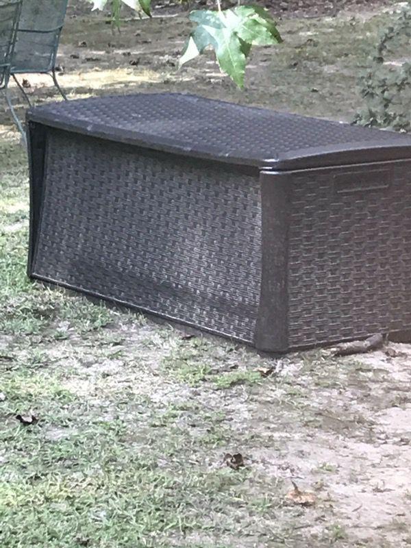 Garden Storage Bin