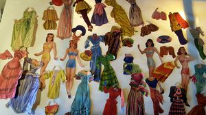 Lot of Antique Paper Dolls And outfits for Sale in Lacey, WA