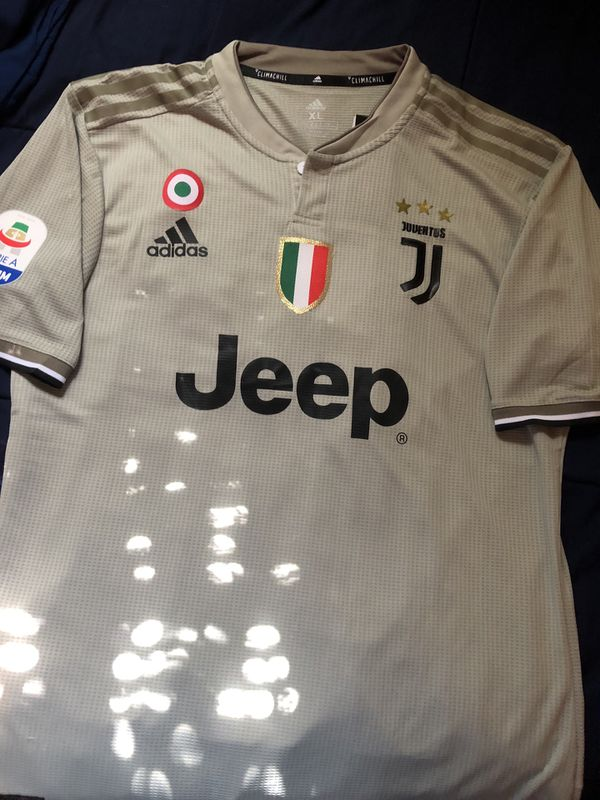 brand new 6dcb7 ee743 Juventus Away jersey Dybala size L 10 for Sale in Farmers Branch, TX -  OfferUp