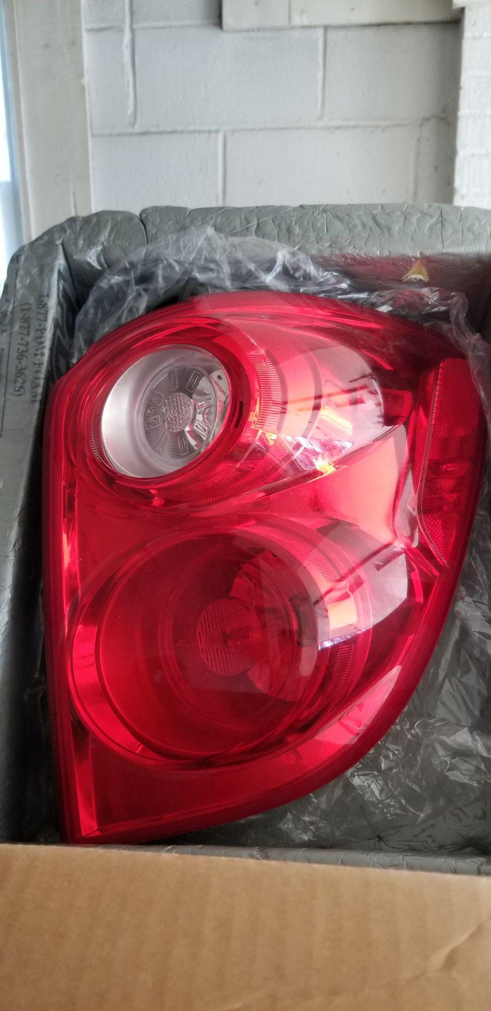 Chevy equinox 2012 rear right light