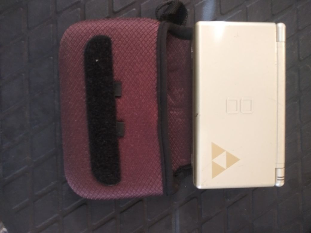 Nintendo DS lite, case and some games