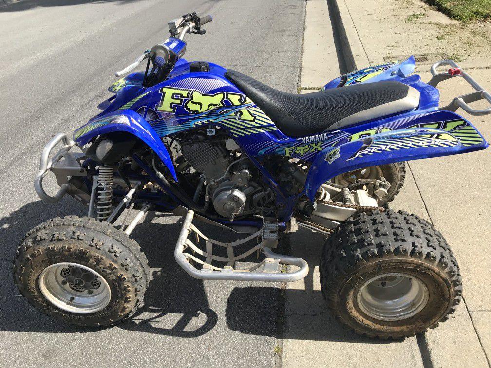 Photo Yamaha Raptor 660 Quad ATV Honda