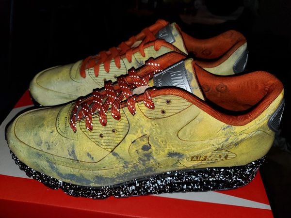 online store f4e30 3c7fd DS Nike air max 90 Mars Landing sz 10.5 for Sale in Olympia, WA - OfferUp
