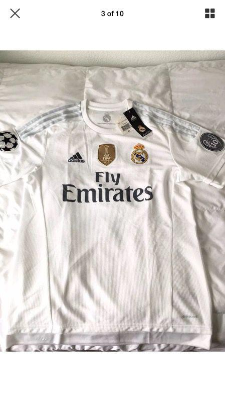 d5a53bda2 Adidas 2014 Real Madrid Champions League Soccer Jersey Men s Size Medium  AK2496