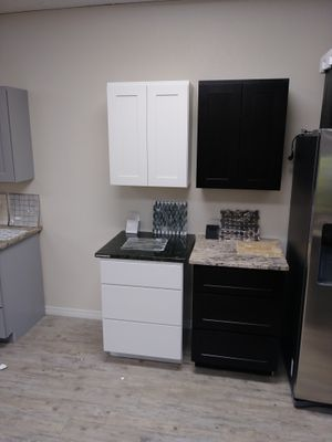 New And Used Kitchen Cabinets For Sale In Tampa FL OfferUp - Wholesale kitchen cabinets st petersburg fl