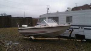 17 ft 03 in Larson boat for Sale in Detroit, MI