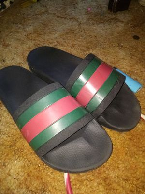 425a73ff4cac Gucci flip flop slides for Sale in Bryan