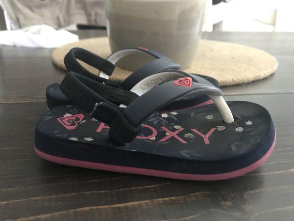 3f96f9aae3d3c Roxy flip flops size 6 (Baby   Kids) in Fresno