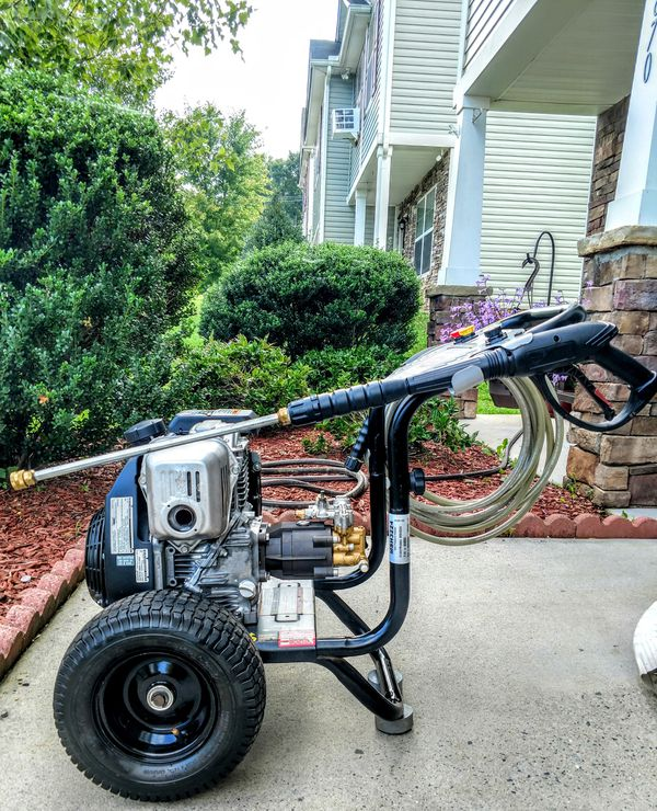 3200psi HONDA pressure washer for Sale in Winston-Salem ...