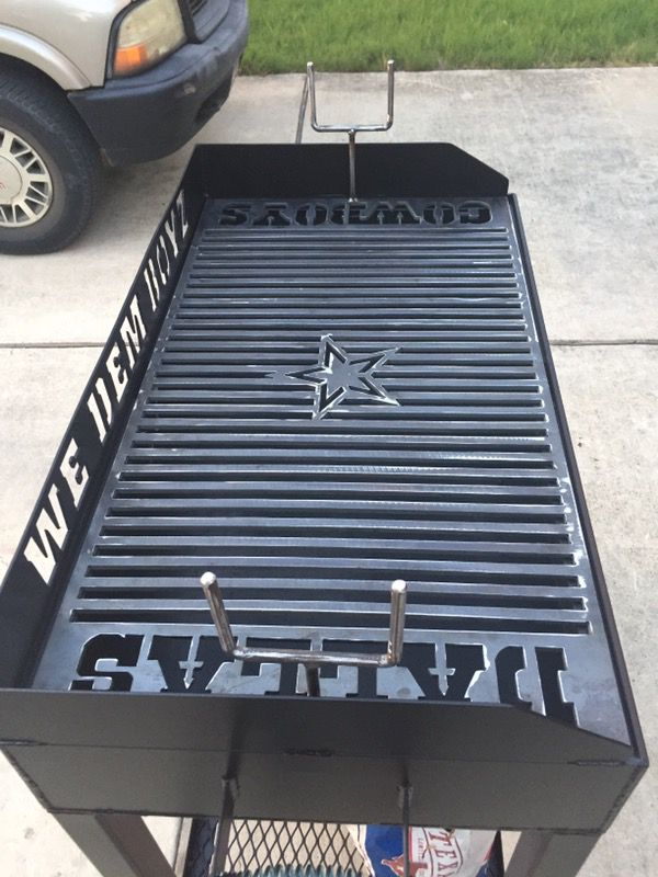 Offer Up Dallas Tx >> Dallas Cowboys BBQ pit (Sports & Outdoors) in Converse, TX ...