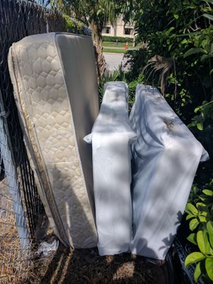Free mattress and box spring for Sale in Orlando, FL