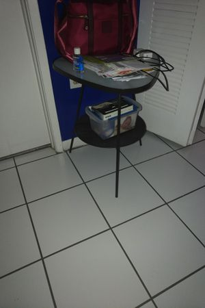 Black, metal, glass top accent table for Sale in Miami Lakes, FL