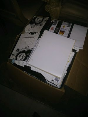 (Free) Graphic note books NEW and filler papers for Sale in Kissimmee, FL