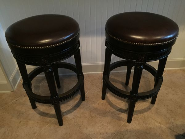 Swell Frontgate Leather Swivel Brass Studded Bar Stools Like New Pdpeps Interior Chair Design Pdpepsorg