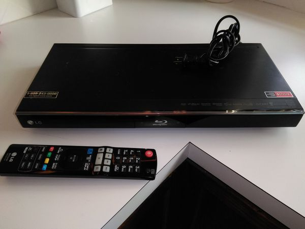 LG Blu Ray Player with remote for Sale in Federal Way, WA