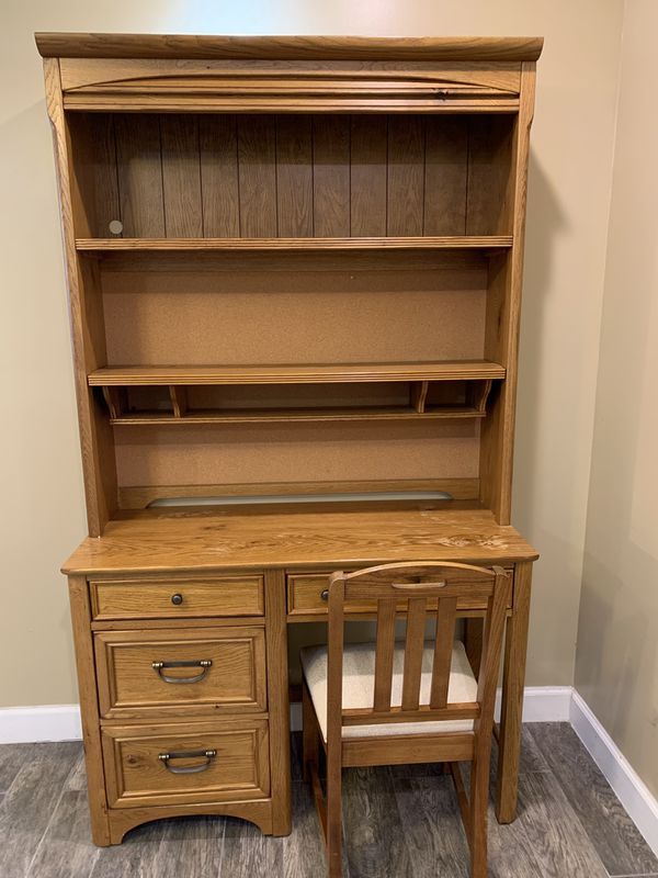 Stanley Furniture Desk With Hutch And Chair
